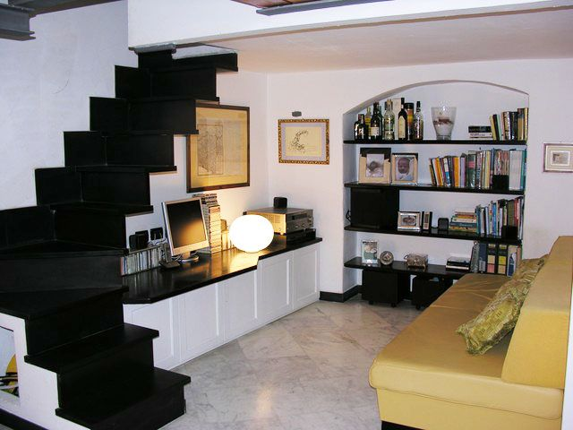 Loft in San Lorenzo, two minutes from the Acquario; optional parking