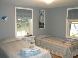 Great Island cottage photo - Twin Bedroom