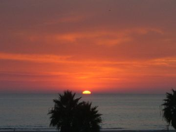 Santa Monica condo rental - Beautiful Sunsets!