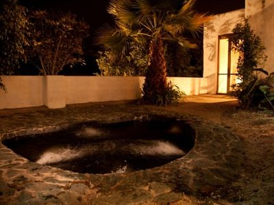 Jacuzzi patio with palm trees & orchids. Its so romantic! Best star gazing ever