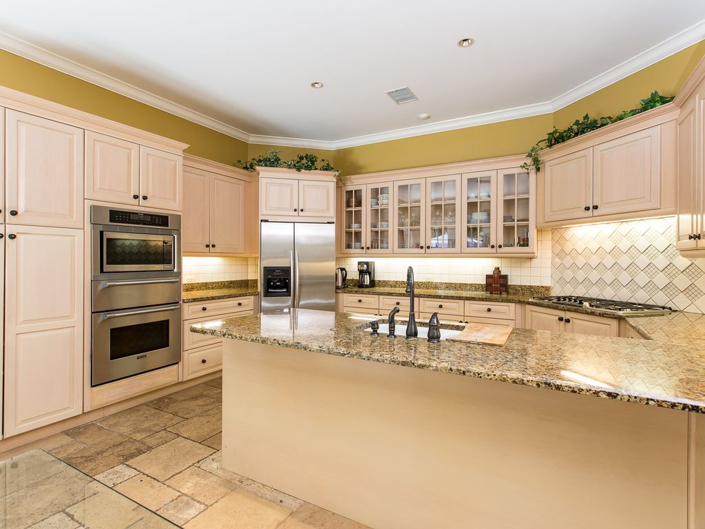 Country Kitchen Vero Beach Picturesque Tree Lined Country Road In Paradise Best Location
