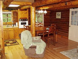 Beaver Lake cabin photo - Kitchen & dining area