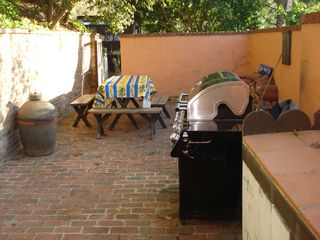 Hollywood house photo - Another Patio outside kitchen with gas grill and picnic table