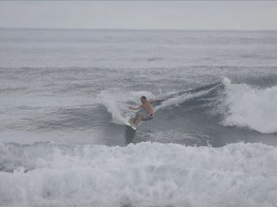 "ENJOYING PERFECT WAVES IN RINCON AS THE LOCALS SAY""TODO BIEN"" OR IT'S ALL GOOD!!"