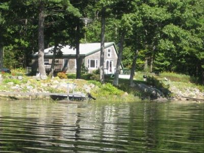 Lake cottage great fishing for small and vrbo for Fishing cabin rentals near me