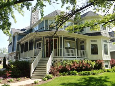 Beautiful victorian home rental 4 bed 4 vrbo for Beach house designs south haven mi