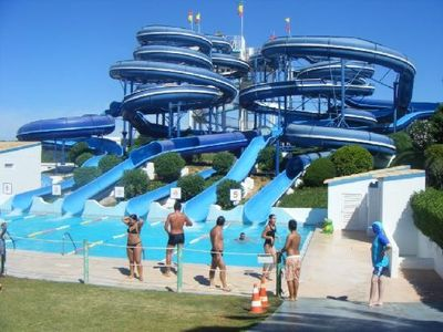 Near by waterpark- Aqualand 4 minutes away