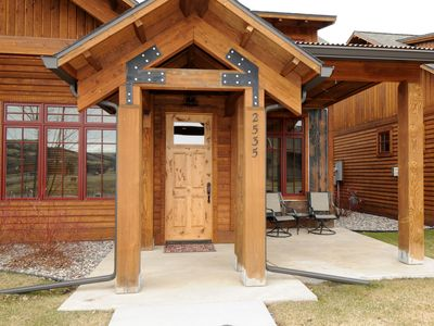 Front entrance to the Bridger Bungalow with a nice patio and barbeque grill