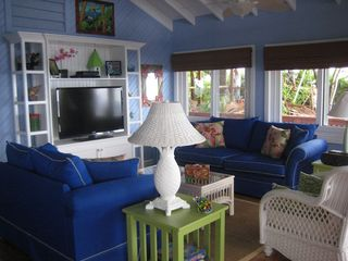 Roatan house photo - The Pink Orchid living room -- a great place to to watch a good movie together