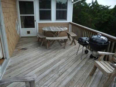 Side deck with grill