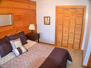 Gatlinburg chalet photo - Plenty of closet space in the second bedroom