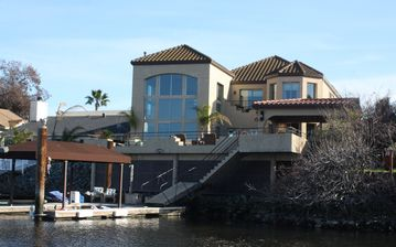 Discovery Bay house rental - Back of house with Dock