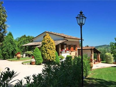 Cottage for 8 people with pool in Chianti