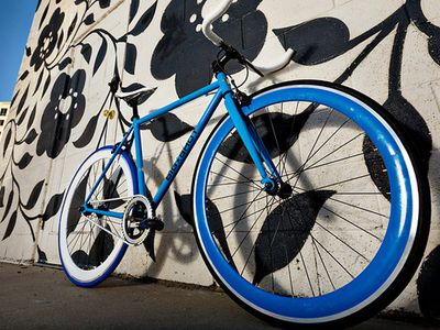 Urban fixed gear bikes. Simple and elegant to explore and get around the city.