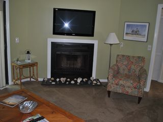 Bald Head Island condo photo - flat screened tv, Wifi and new wall to wall carpet this year