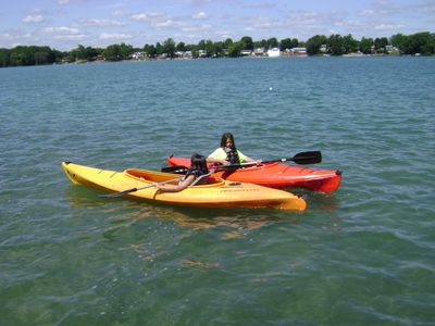 Kayak's included with stay...grandkids not included, must bring your own.