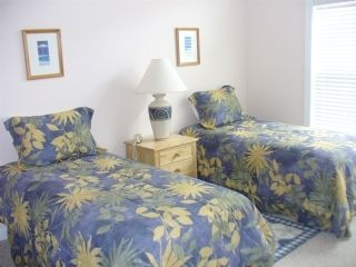 Surf City townhome photo - Twin Bedroom faces pool, has private bath, cable tv