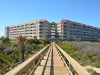 Vacation Year Around In A Beautiful Newly Renovated Ocean Front 2/2  Sleeps 7