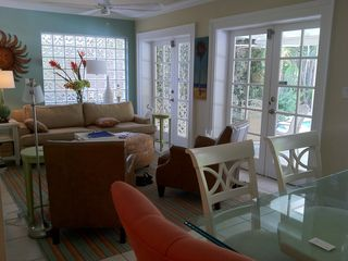 Fort Lauderdale house photo - Wider view of Florida Room with Dining Area.
