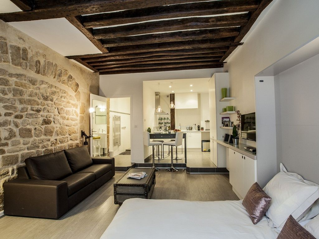 Appartement arquebusiers charming flat 35m2 2 3 people for Appartement 35m2 design