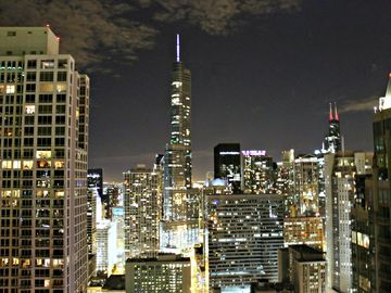 Chicago condo rental - South View - Trump Tower