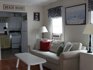 Old Lyme cottage photo - Living Room