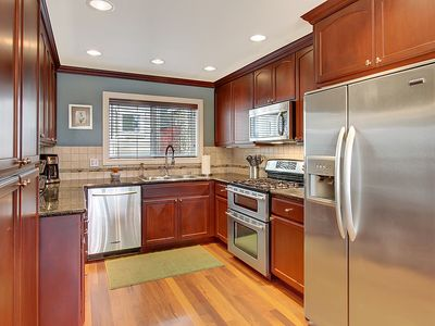 Kitchen - Gorgeous cabinetry, stainless steel appliances and all the conveniences of home!