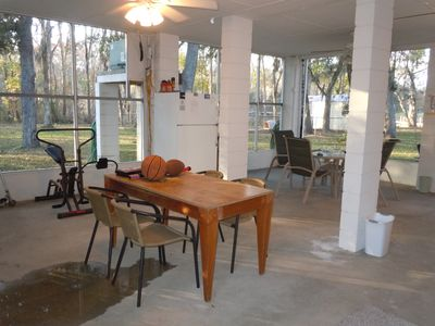 Palatka house rental - Screened in Patio wiRefrigator/Hottub/Football/basket balls/Horse shoes/2 tables