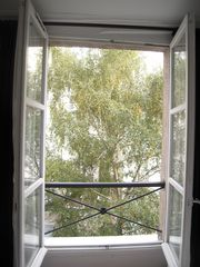 Bedroom view on a garden - 4th Arrondissement Pompidou Le Marais apartment vacation rental photo