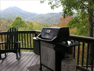Enjoy a beautiful view while grilling in the mountains