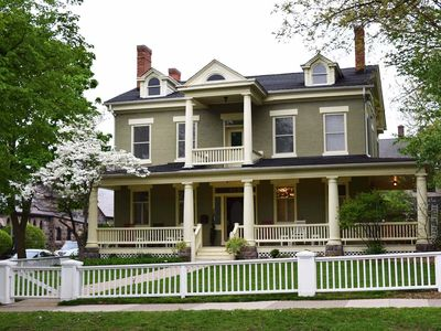 First Class, Historic Home in Kerrytown