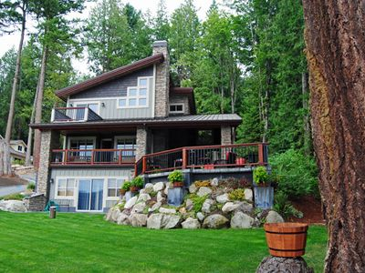 5 Year New Luxury Cabin/2480 sq. ft. three level plan/Sunny side of Lake Whatcom