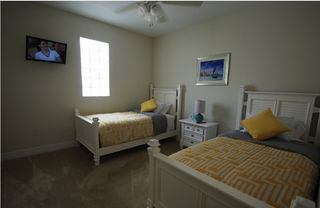 Tampa townhome photo - bedroom 3. 2 twin beds could be converted to 1 king size bed, LCD-TV