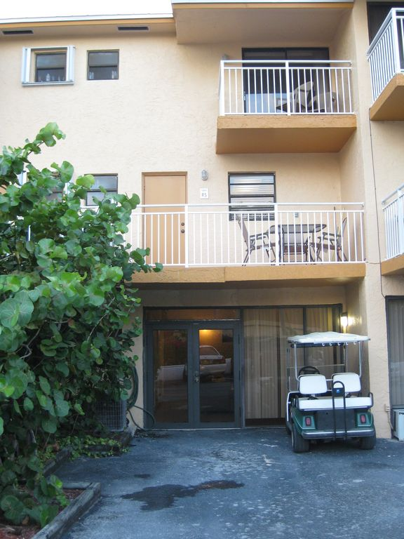 Front View of Condo, three floor unit