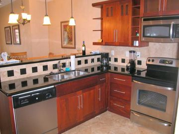 Kitchen w/Stainless Steel Appliances, Granite Counter Tops