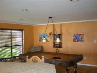 Horseshoe Bay house photo - Dining room/pool table