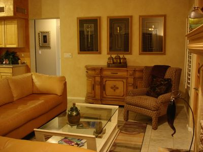 Chandler house rental - Upscale furnishings and art work throughout