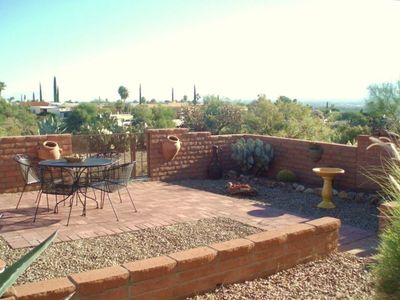 NE facing fully enclosed patio overlooks arroyo, SPECTACULAR mountain views!