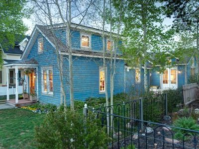 Best in town 3 bedroom/3 bath Historic home/cottage with views