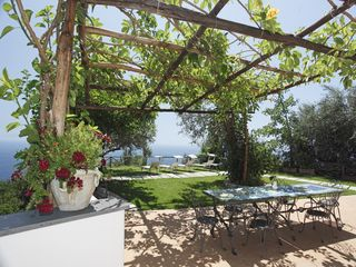 Amalfi villa photo - outdoor space with dining corner