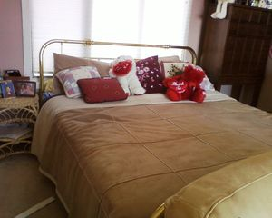 Portsmouth house photo - queen size bed