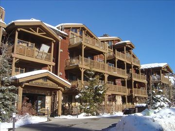Deer Valley condo rental - Black Bear Lodge in Silver Lake Village