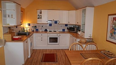 Saddlery Cottage Sleeps 5 (2 Bedrooms)