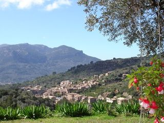 Fornalutx, nestling in the Sóller Valley
