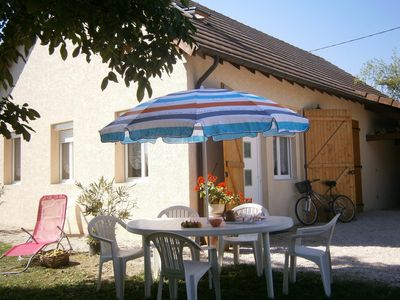 Comfortable cottage in BOURGOGNE