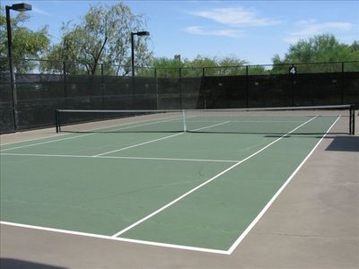 Tennis Courts - Lighted - 3 Minute Walk (also Basketball, Soccer, and Play Park)