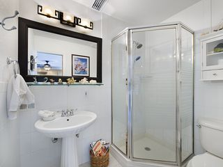 Islamorada house photo - Second Bathroom