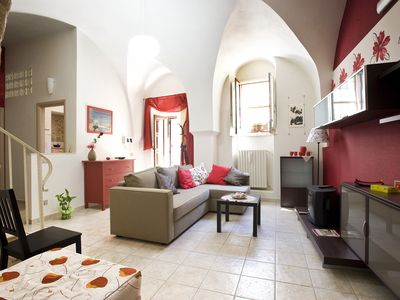 Pretty rent_house between the baroque places of Montalbano