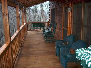 Blue Ridge cabin photo - Front Porch Rockers and Swing