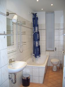 Berlin-Mitte apartment rental - Bathroom